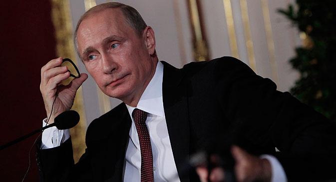 Les déclarations de Vladimir Poutine ont, à plusieurs reprises, influencé non seulement les indices boursiers, mais aussi les cotations des sociétés concrètes. Crédit : Reuters