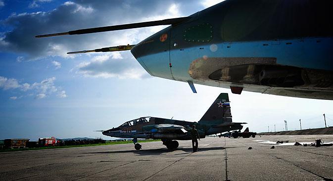 Les Su-25 russes sont des appareils bien protégés et vulnérables uniquement contre des missiles. Crédit : Itar-Tass