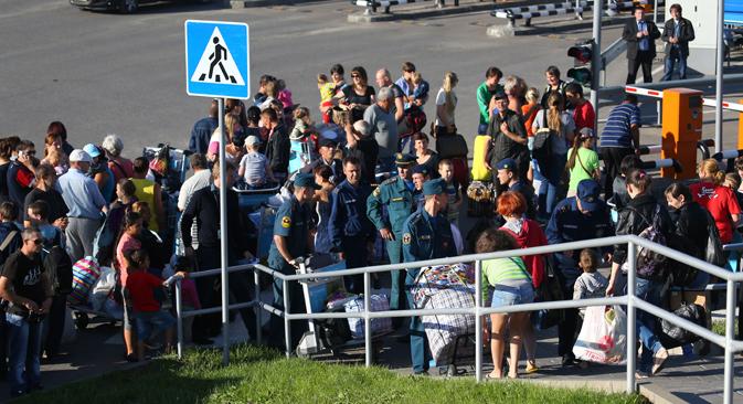 414 726 Ukrainiens se trouvent aujourd'hui dans les zones frontalières de Russie. Crédit : Itar-Tass