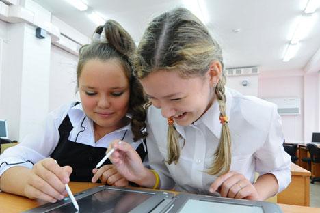 O uso de tecnologias nas escolas se orienta também para aquelas que nunca tiveram a possibilidade de participar no processo educativo Foto: Aleksandr Kondratiuk/RIA Nóvosti