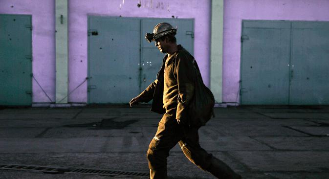 Un ouvrier de la mine Kommounarskaïa 22, dans la région de Donetsk. Crédit : Mikhaïl Pothouev/TASS
