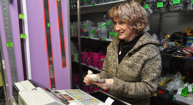 In Russia, 86 percent of staff welcoming customers with a smile. Source: PhotoXPress