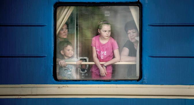 Aucun vol ne relie l'Ukraine à la Crimée. Le train est un moyen de transport le plus fiable pour aller jusqu'à la frontière de la presqu'île. Crédit : AP