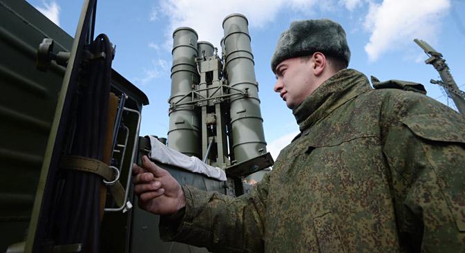 Moskau hat das Lieferverbot des Luftabwehrsystems S-300 an den Iran aufgehoben. Foto: Kirill Kalinnikow/RIA Novosti