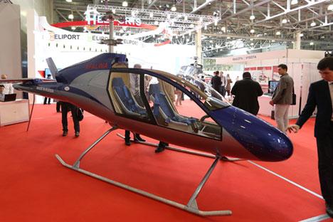 Les concepteurs d'Afalina affirment que leur hélicoptère est doté d'un système foncièrement nouveau de commande des rotors de sustentation. Crédit : Marina Lystseva/TASS