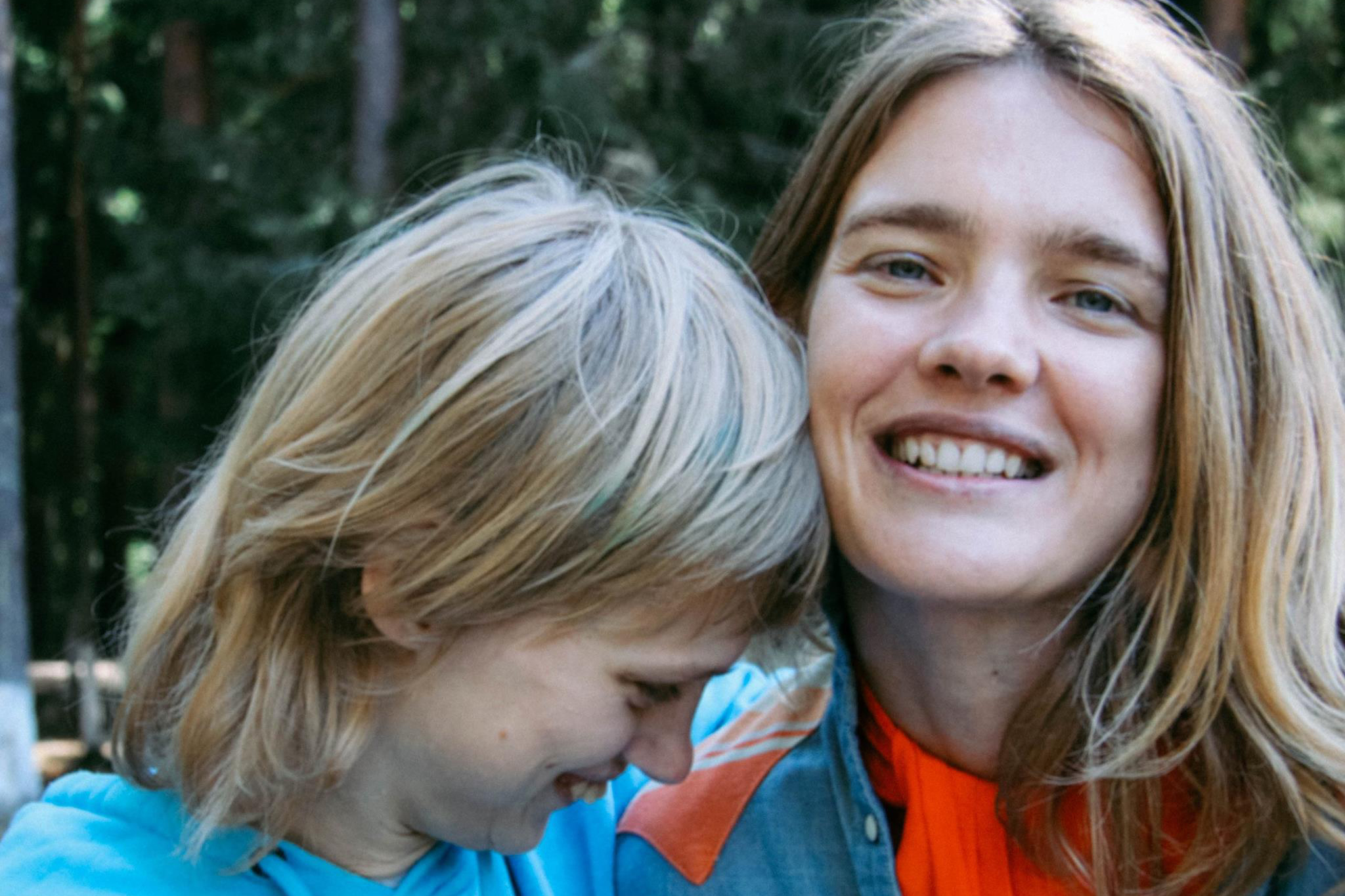 Natalia Vodianova with her sister Oxana.