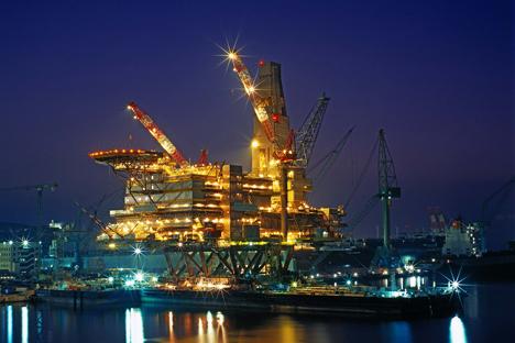 """Das Erdgasprojekt """"Sachalin-2"""", wo japanische Unternehmen aktiv investieren."""