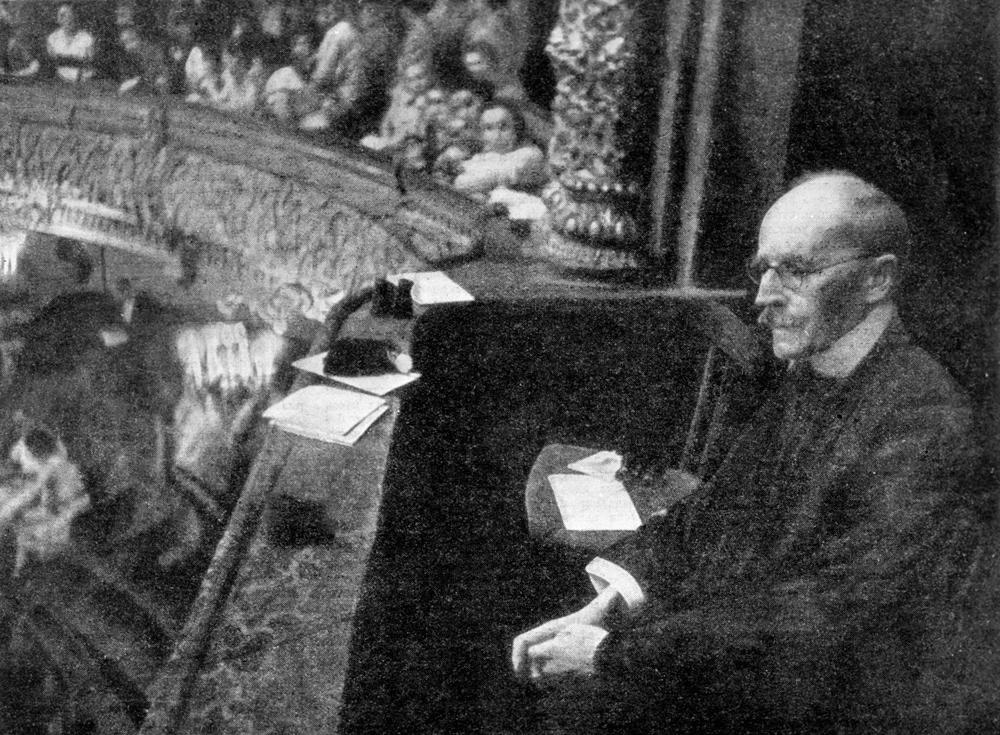… et son principal théâtre, où il assista au ballet La Fontaine de Bakhtchissaraï.