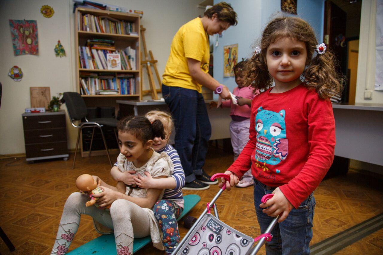 Des enfants de réfugiés.