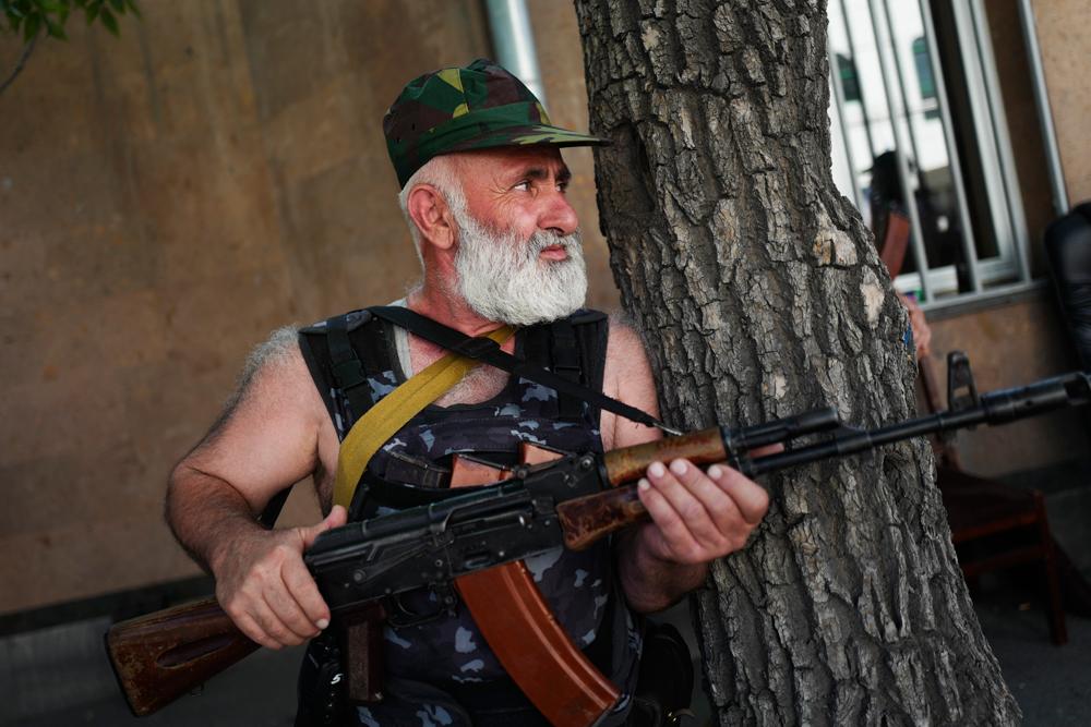 Die Unruhen in Jerewan könnten die Friedensbemühungen durchkreuzen.