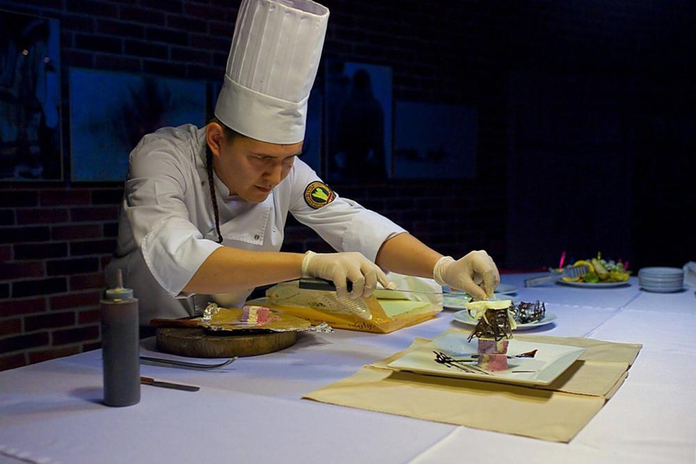 Le chef du restaurant Muus Khaya, Nikolaï Gabychev.