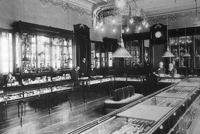 Der erste Laden der Familie Fabergé in Sankt Petersburg. Quelle: Archivbild