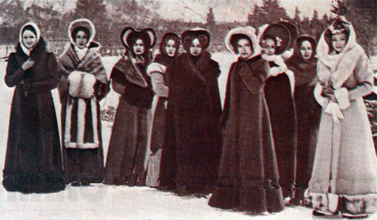 """Une scène du film """"Zvezda plenitelnogo chtchastya"""" (L'Étoile d'un merveilleux bonheur) de Vladimir Motyl, 1975. Le film est dédié aux épouses des décembristes."""