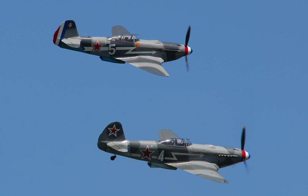 Des avions Yak.