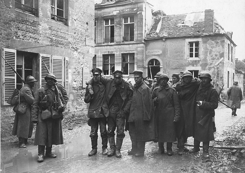 Les Russes prennent le village de Courcy au prix de pertes énormes (les 16-17-18 avril) ce sera un des rares succès, quoique limité, de cette sanglante offensive.