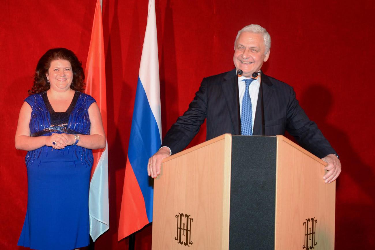 Madame le consul général honoraire de la Fédération de Russie à Monaco, Ekaterina Semenikhina, et monsieur l'ambassadeur de la Fédération de Russie en France, Alexandre Orlov.