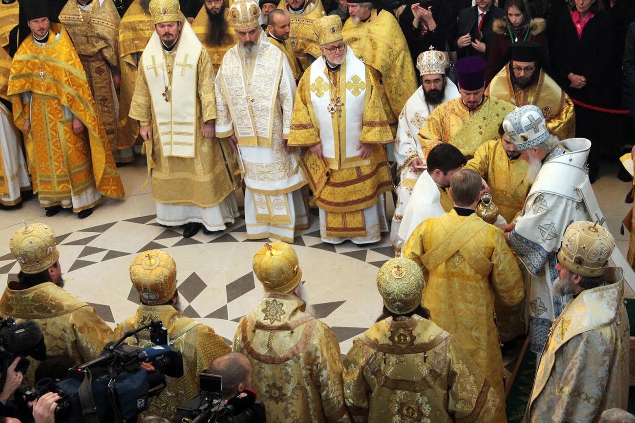 Le patriarche Cyrille consacre la cathédrale de la Sainte-Trinité à Paris.n