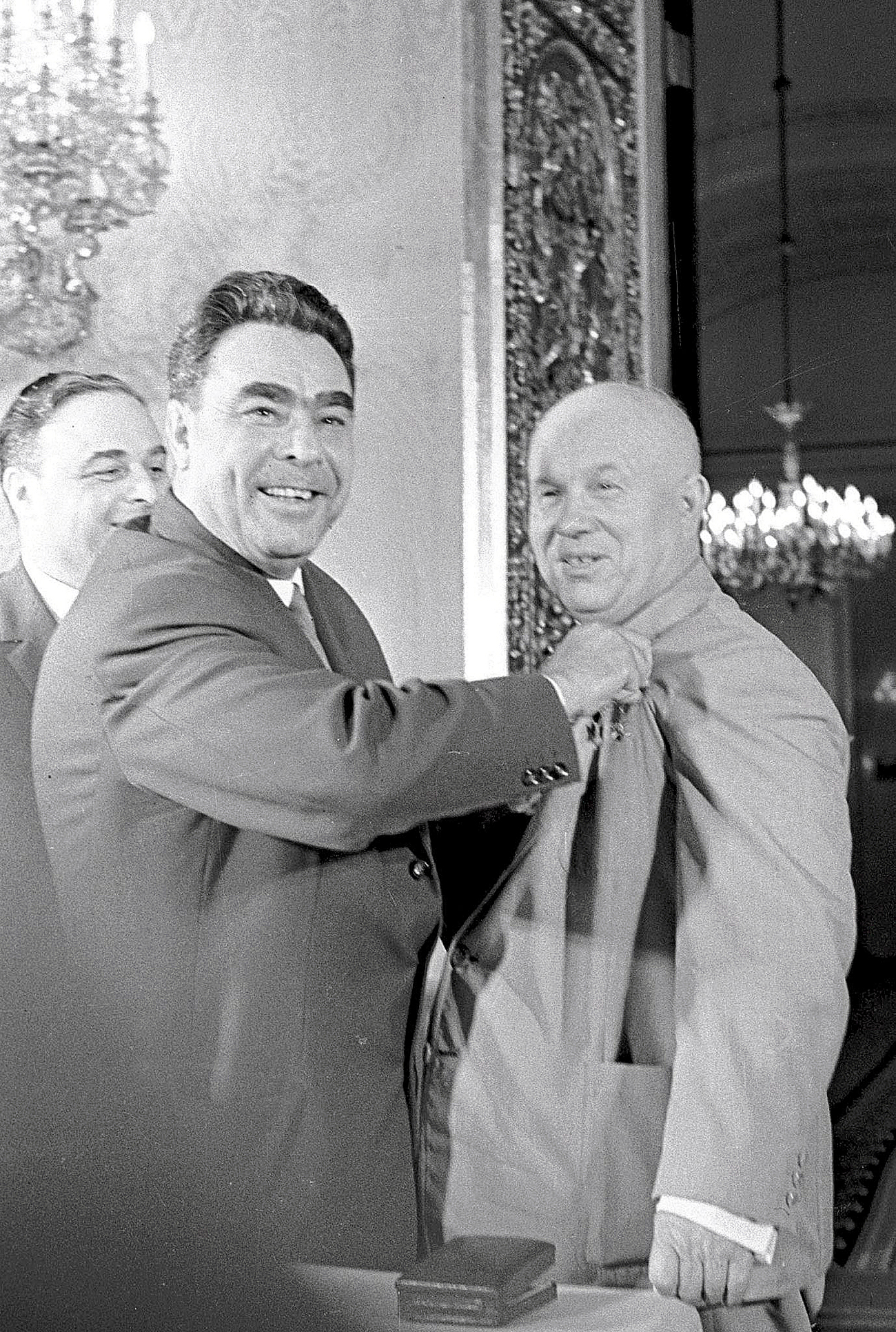 Awarding the First Secretary of the CPSU Central Committee Nikita Khrushchev with the Hero of the Soviet Union title on April 17, 1964. Source: TASS