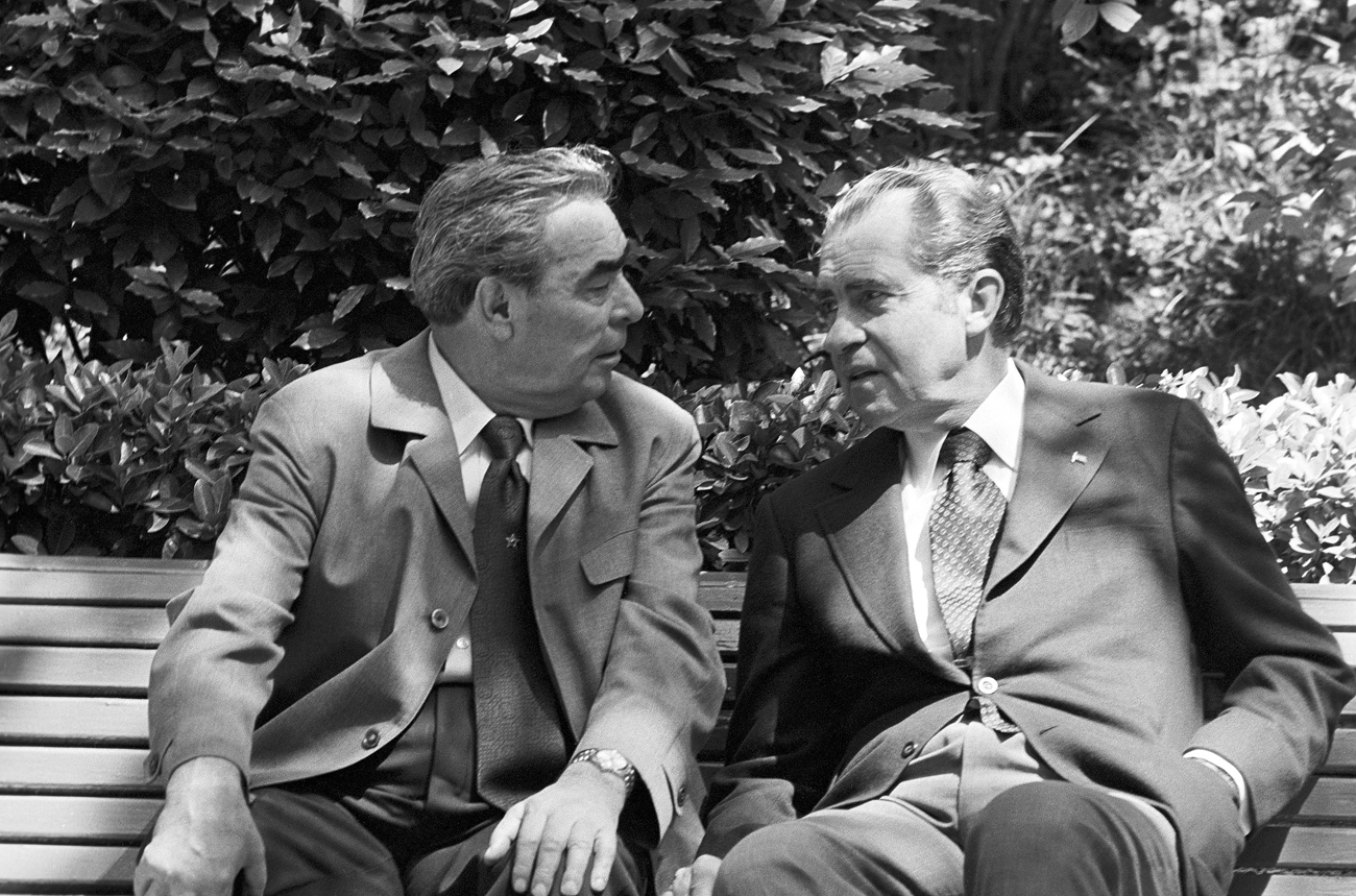 General Secretary of the Central Committee of the Communist Party of the Soviet Union Leonid Brezhnev and President of the United States Richard Nixon (L-R) talk in Oreanda, Ukrainian SSR. Source: TASS