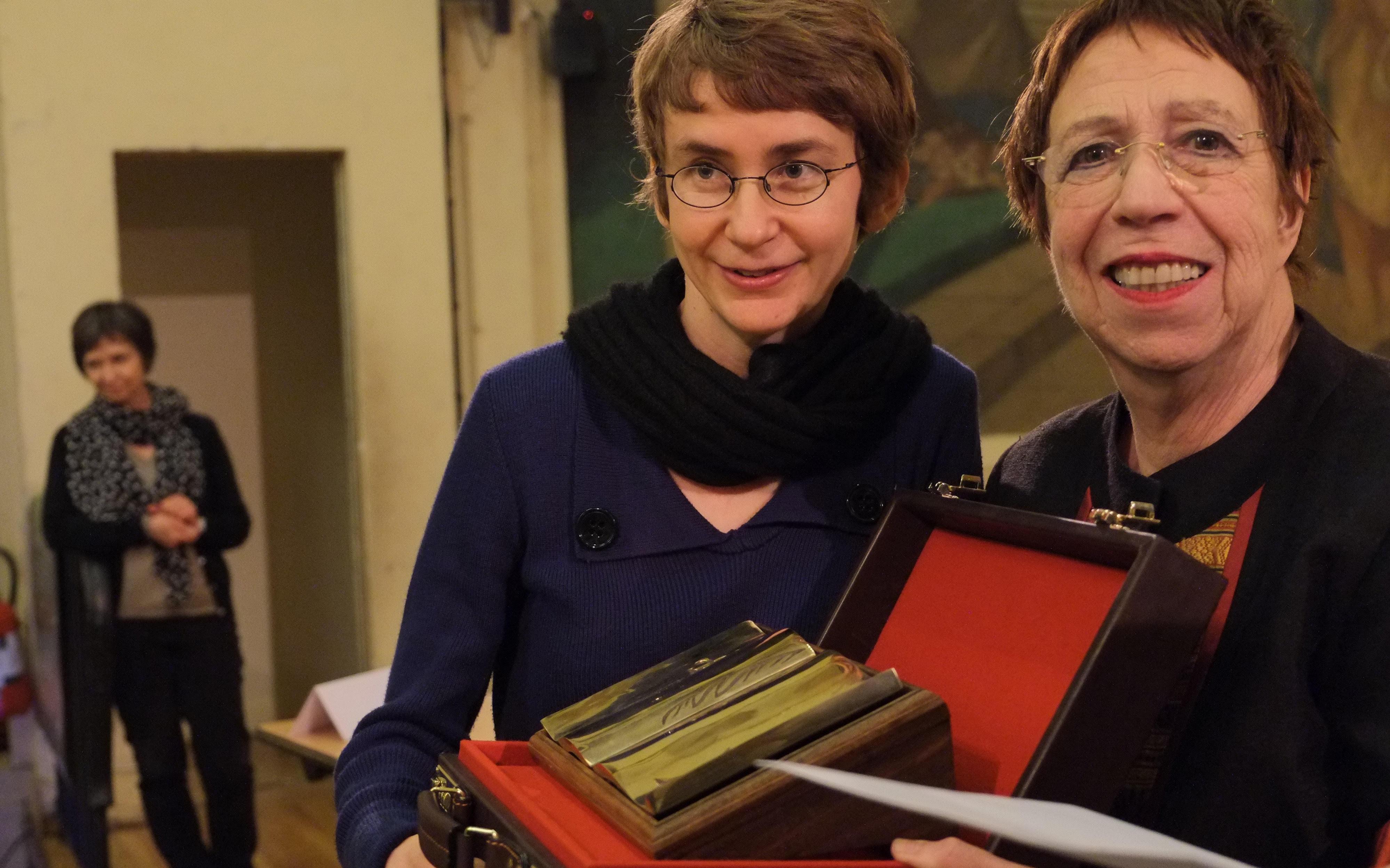 Fanchon Deligne et Christine Mestre, coordonnatrice du prix Russophonie et fondatrice des Journées du livre russe.