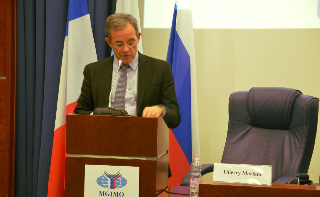 Thierry Mariani a notamment analysé l'impact qu'aurait l'élection du candidat de la droite sur les relations avec la Russie.