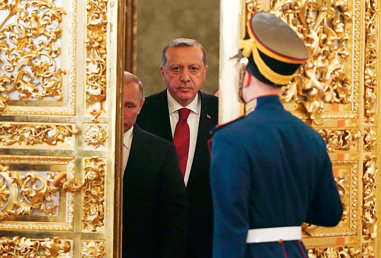 Руският президент Владимир Путин и турският му колега Реджеп Таийп Ердоган се срещнаха в Москва на 10 март 2017 г.