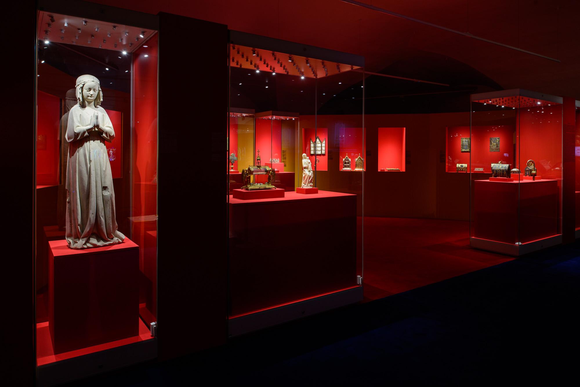 Exposition « Saint Louis et les reliques de la Sainte-Chapelle » au Kremlin