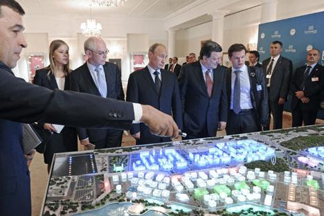 Auf dem EU‑Russland‑Gipfel betonte Wladimir Putin, dass der Vertrag zwischen Russland und Syrien zur Lieferung von S‑300‑Flugabwehrraketen noch nicht realisiert wurde. Foto: Reuters
