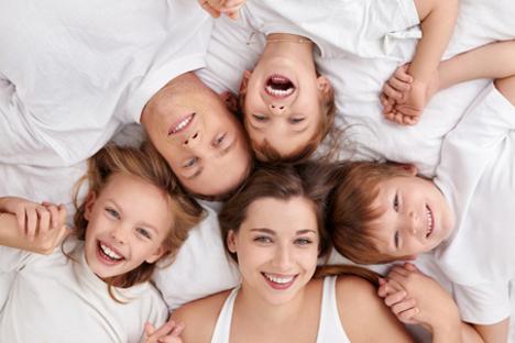 Rusi vole obitelj: praktički svi građani Rusije (99%) izjavljuju da obitelj za njih ima veliko značenje. Izvor: Legion Media.