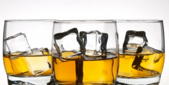 Najveći porast prodaje u odnosu na prošlu godinu bilježi prodaja viskija, i to za cijelih 66%. Udio ovog pića na tržištu dostigao je 25%, dok je 2011. po prvi put u povijesti prodaja viskija premašila prodaju premijum votke. Izvor: Lori / Legion Medi