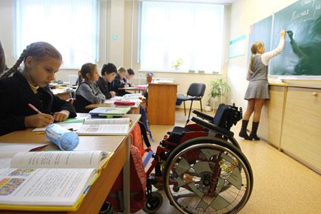 """Prema novom zakonu """"O obrazovanju"""" praktično sve ruske škole trebaju postati uključive. Izvor: PhotoXPress."""