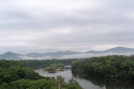 Dolina rijeke Bikin, dragulj prirodnog svijeta na granici Severa i Juga. Fotografija iz slobodnih izvora.