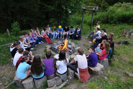 Ljetovanja u pionirskim kampovima puna su upečatljivih doživljaja, pa zato i današnjoj djeci ostaju u sjećanju kao jedno od najljepših sjećanja iz djetinjstva. Izvor: ITAR-TASS.