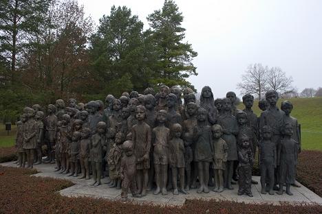 """Spomenik djeci """"Lebensborn"""" u Lidicama (Češka). Izvor: AFP"""