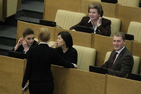 Neki ekonomisti smatraju da se Državna Duma treba manje baviti pisanjem zakona, a više kontrolirati njihovu primjenu. Izvor: Olesja Kurpjaeva / Rossijskaja gazeta