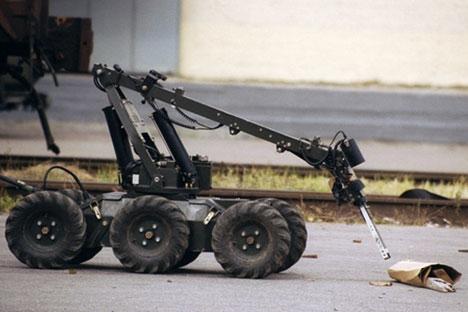 """""""Skolkovo"""": Umjesto čuvara u turobnoj crnoj uniformi s pendrekom parkovima mogu patrolirati roboti. Izvor: PhotoXPress"""