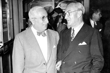 Louis B. Mayer and Nicholas Schenck at LaGuardia Airport. Schenck was at airport to say goodbye to Mayor who is leaving for Hollywood. Source: Getty Images / Fotobank