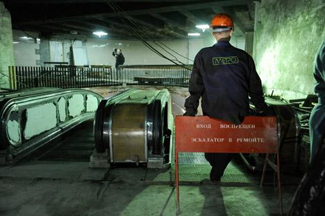 """""""Slijepa linija"""" koja polazi od stanice """"Sportivna"""" se, prema svjedočanstvima nekih istraživača-amatera, završava u blizini masivnih vrata za koja se vjeruje da predstavljaju jedan ulaz u tajni """"Metro-2"""". Izvor: PhotoXPress"""