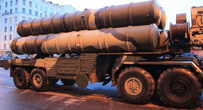 Na paradi u čast 69. godišnjice pobjede u Drugom svjetskom ratu, 9. svibnja na Crvenom trgu u Moskvi sudjelovat će osam lansirnih uređaja raketnog PVO sustava S-400. Fotografija iz slobodnih izvora.