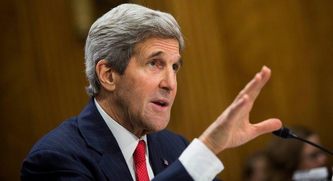 John Kerry ne vjeruje ruskom ministru vanjskih poslova koji tvrdi da ruska teška vojna oružja nisu uključena u zbivanja u istočnoj Ukrajini.