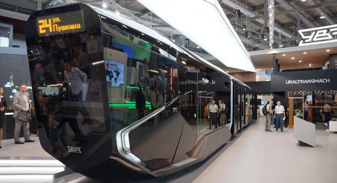 Konstruktori kažu da je R1 prvi tramvaj biznis-klase na svijetu. Fotografija: Darja Kezina.