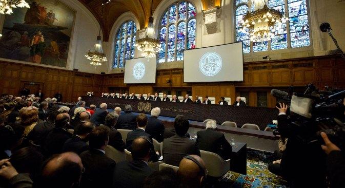 Prema podacima državnih tijela, Rusija nije ratificirala Energetsku povelju, već je samo potpisala sporazum o priključivanju, što znači da sud u Haagu uopće nije nadležan za ovaj slučaj. Izvor: AP.