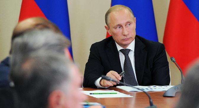 Prema riječima Vladimira Putina, vrijeme je da se iskoristi jedna od glavnih konkurentnih prednosti zemlje - veliko unutarnje tržište. Izvor: TASS
