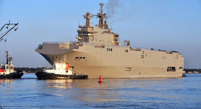 Rusija će na isporuku nosača helikoptera čekati do kraja studenog, a ako do tog roka desantni brodovi ne budu isporučeni, uputit će Francuskoj zahtjev za financijsko obeštećenje. Izvor: AFP / East News