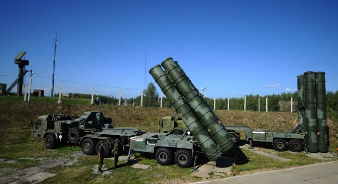 Za dovođenje sustava S-400 (na slici) u punu borbenu spremnost potrebno je samo 5 minuta. Izvor: TASS