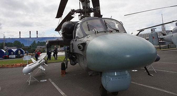 Izviđačko-jurišni helikopter Ka-52.