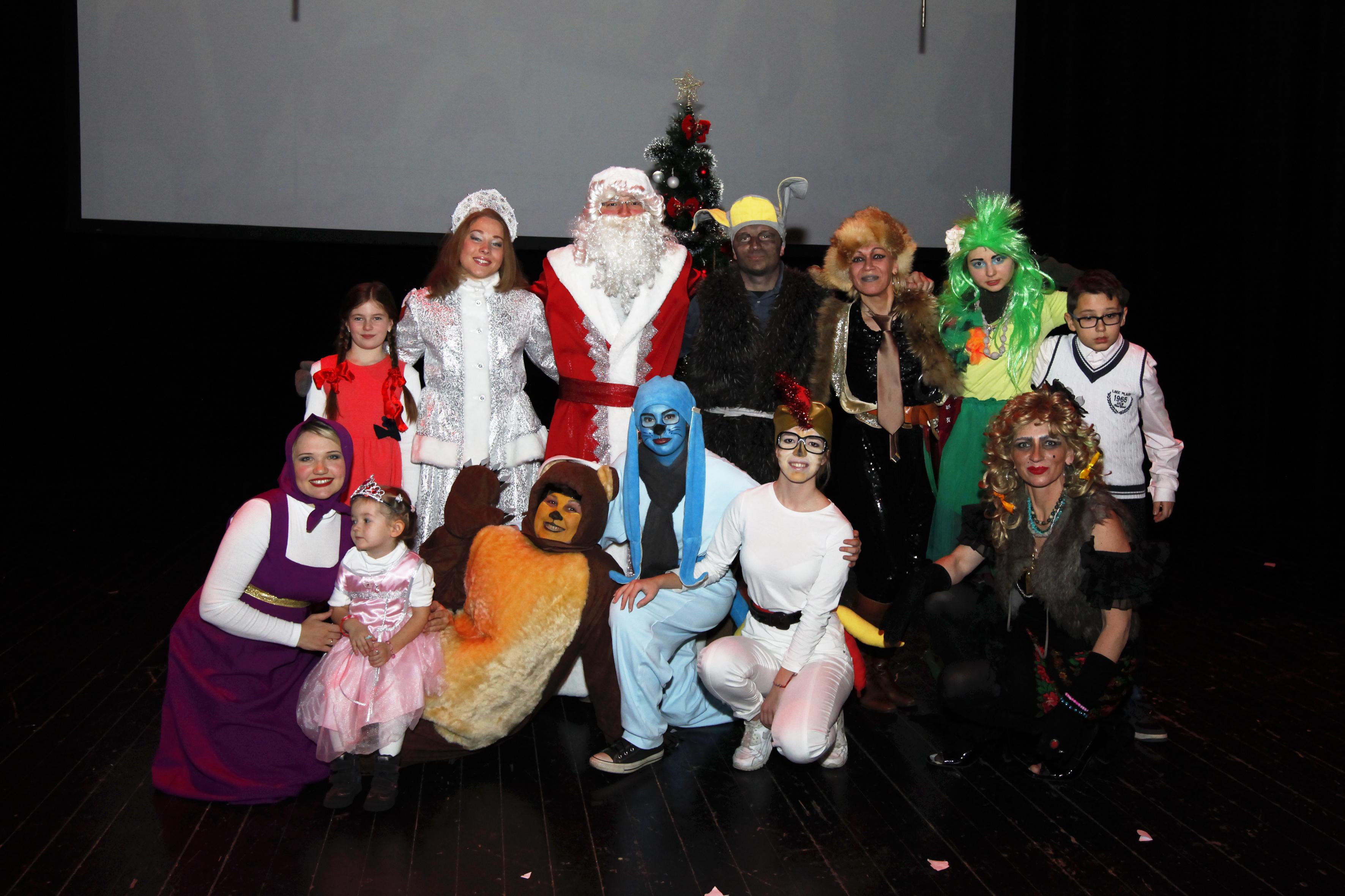Ponovno su, kao i prošle godine, 17. prosinca 2016. djeca iz Zagreba i drugih gradova Hrvatske koja govore ruski jezik, od onih starih tek nekoliko mjeseci do onih starijih, do zadnjeg mjesta popunila dvoranu Kulturnog centra 'Travno'.