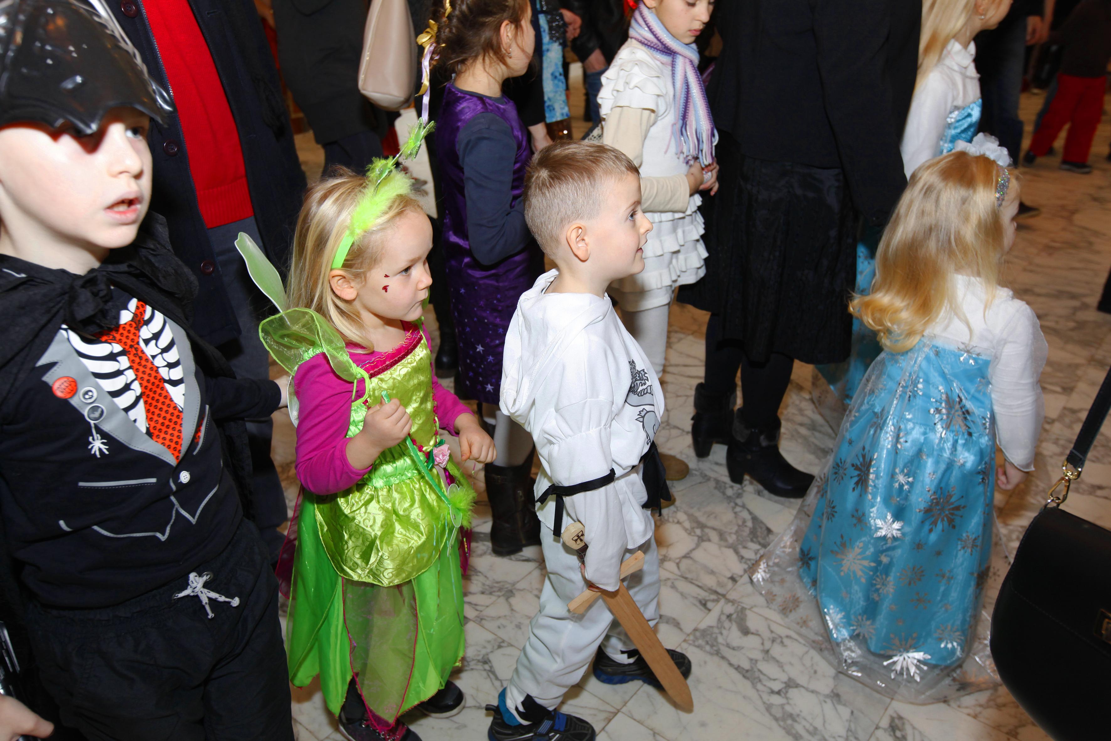 Sva djeca su dobila i posebne slatke poklone od tvrtke 'Lukoil Hrvatska'.