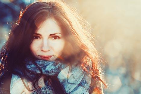 Orang Rusia tersenyum terutama pada orang yang mereka kenal. Sumber: Shutterstock