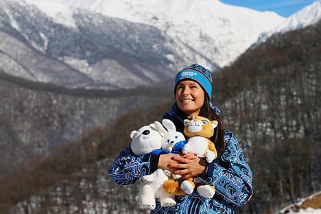 Pada Februari 2014 dalam Olimpiade musim dingin Sochi, masyarkat akan dihibur trio maskot itu; leopard salju, beruang kutub dan kelinci. Kredit: Alamy/Legion Media